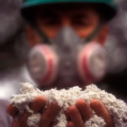Asbestos-exposure-can-be-deadly-564x684