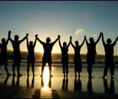 people-holding-hands-accepting-one-another1